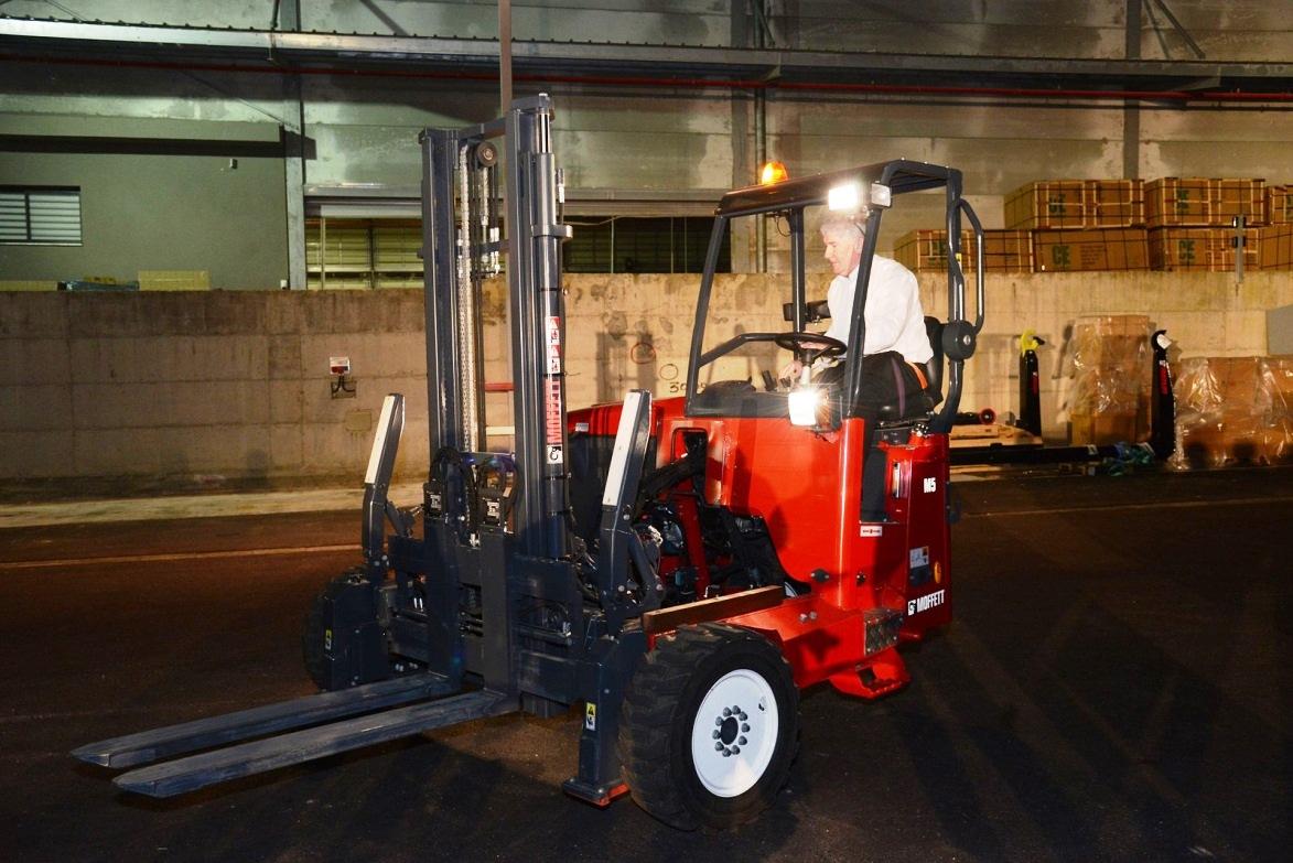 Showcasing MOFFETT truck-mounted forklifts