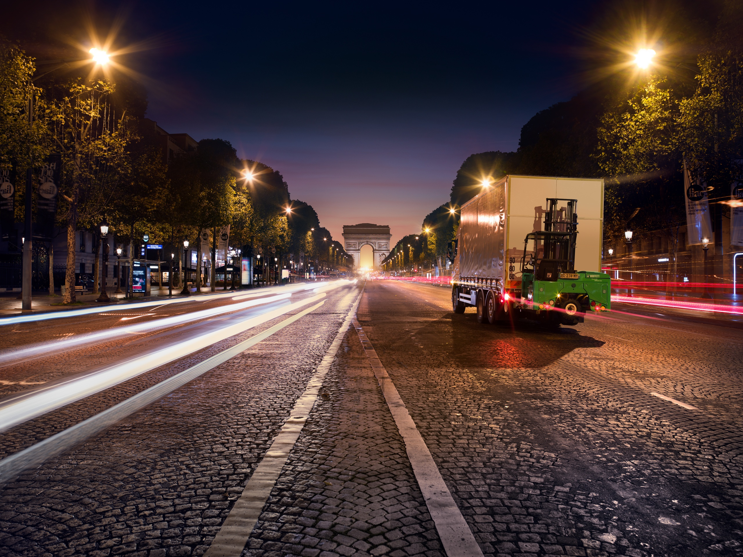 MOFFETT E4 at Champs Elysees in Paris