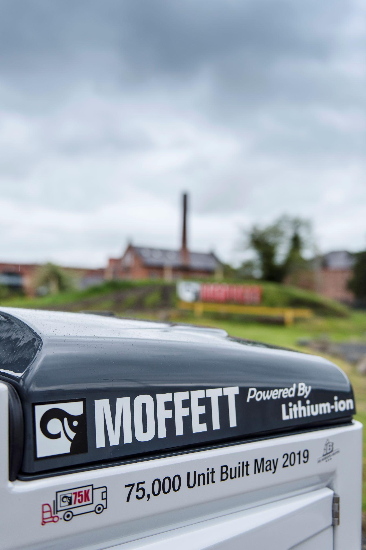 MOFFETT_3