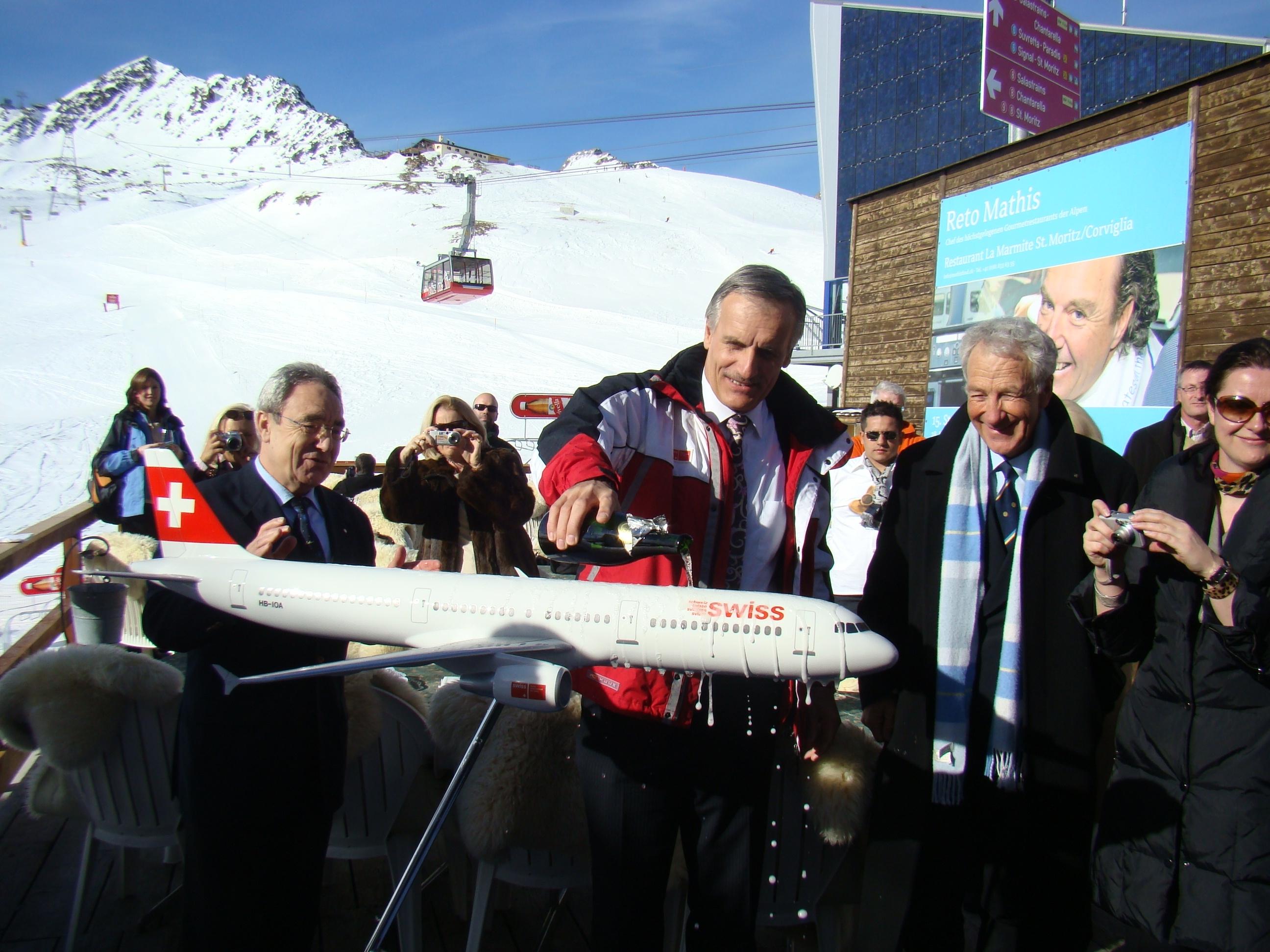 "SWISS: NUOVO A-321 ""ST. MORITZ"""