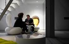 dot-in-meeting-area-balloon-chairs