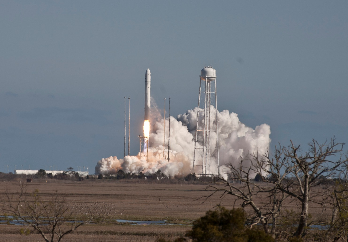 Antares Launch (2)