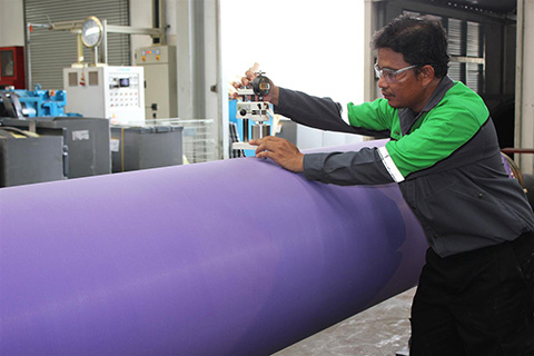 Roll cover inspection in Laem Chabang