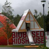 http://www.purac.com/_sana_/handlers/getfile.ashx/b1a42954-f137-46c2-a0dc-cd2b4e3548a3/Biobased+Kids+House_Big.jpg