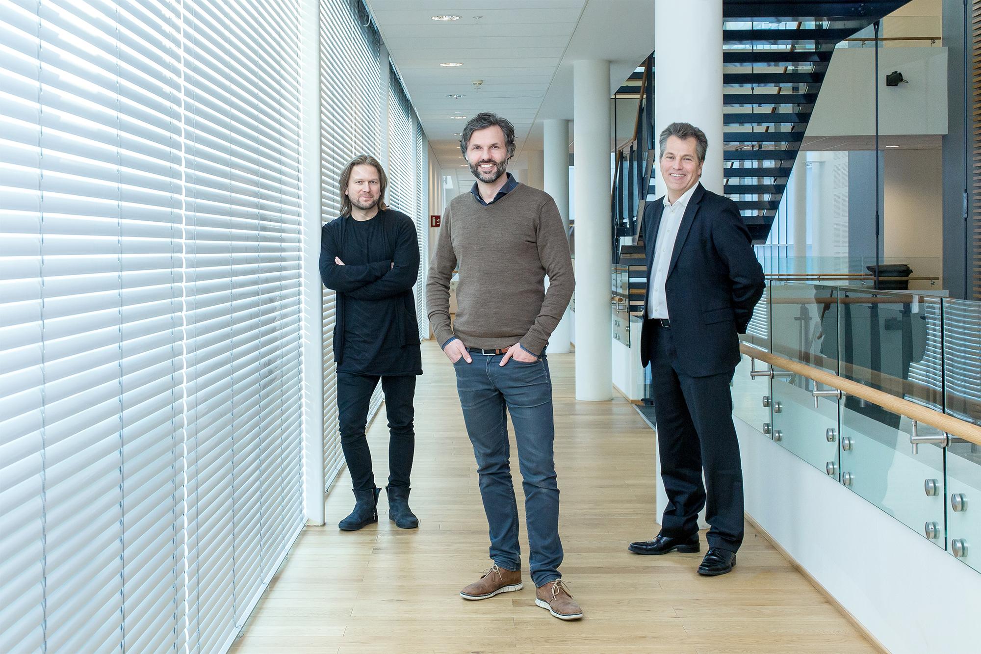 Johnny Anderson fra Skandiabanken, Svein Haakon Lia fra Bleed og Ole C. Apeland fra kommunikasjonsbyrået Apeland